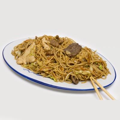 49. Пържени спагети с три вида месо, зеленчуци и яйце - 750гр.