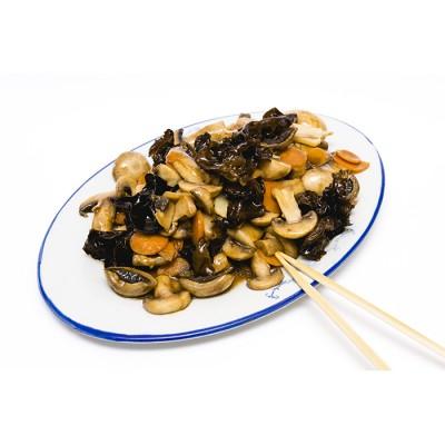 31. Пържени китайски гъби и бамбук със соев сос - 400гр.