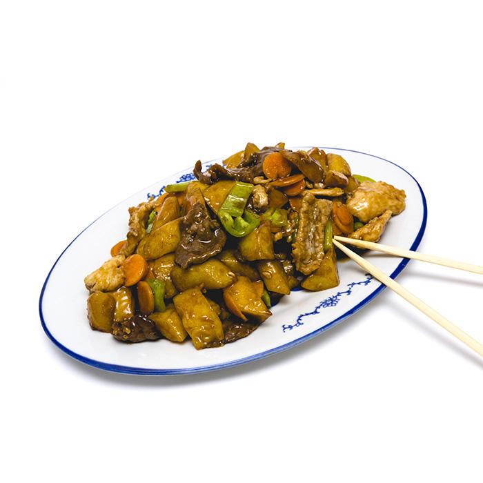 Цена 8.90 лв. за Три вида месо с картофи в категория Ястия от пилешко месо от Ресторант Класико в София