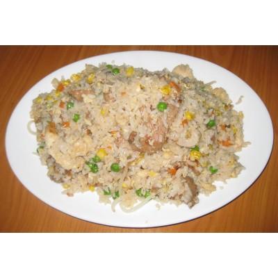 42. Пържен ориз с три вида месо - 750гр.